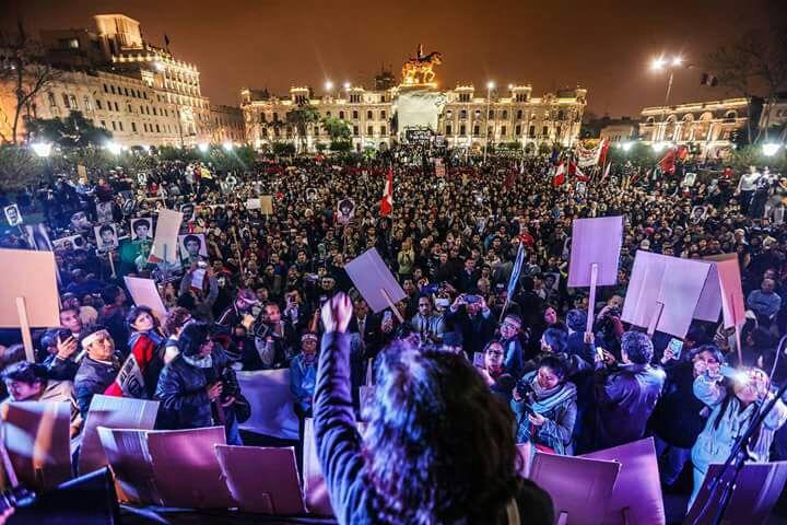 A marcha contra o indulto de Fujimori e a nova situação política do Peru