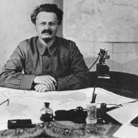 Roberto Robaina e Serge Goulart apresentam obra inédita de Trotsky