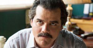 Wagner Moura no papel de Pablo Escobar na série Narcos, Netflix