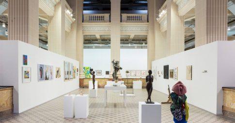 Interior do Santander Cultural em Porto Alegre durante exposição -  Fredy Vieira / Divulgação / CP