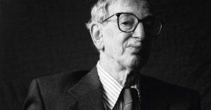 O historiador Eric Hobsbawm - JUAN ESTEVES/DIVULGAÇÃO