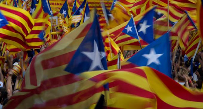 Marea Socialista defende o direito do povo da Catalunha a decidir seu destino