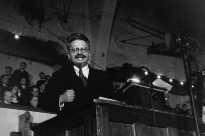Trotsky em Copenhague: fotos de Robert Capa