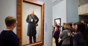 Visitantes na Galeria Tretyakov, Moscou, 2017. Crédito: Press TV