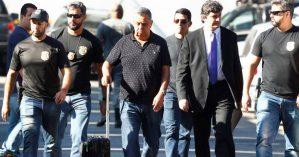 Jorge Picciani chega ao RJ para prestar depoimento. Crédito: Pablo Jacob/Agência O Globo