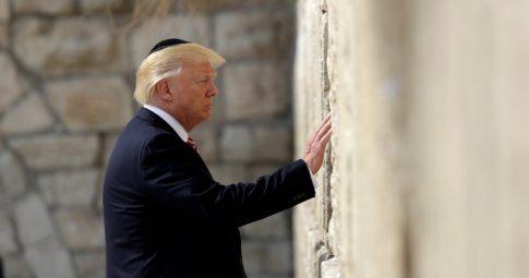 O presidente dos EUA Donald Trump durante visita a Jerusalém em maio deste ano - AFP