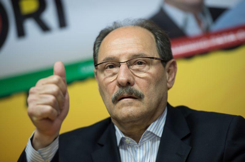 Sartori quer vender o estado! Resistir é preciso!