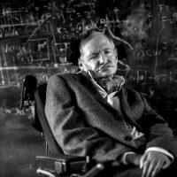 Stephen Hawking: Gênio de nosso tempo