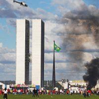 A falência da Nova República e a construção de uma alternativa para o Brasil