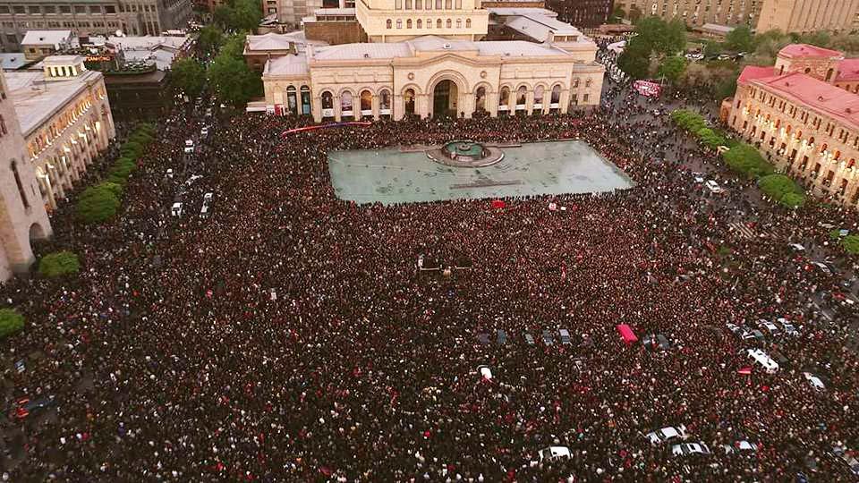 """Armênia: """"um movimento de massas nunca visto neste país"""""""