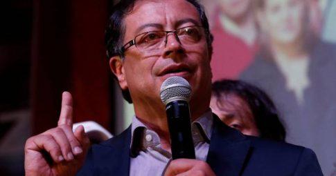 O candidato Gustavo Petro - Iván Duque