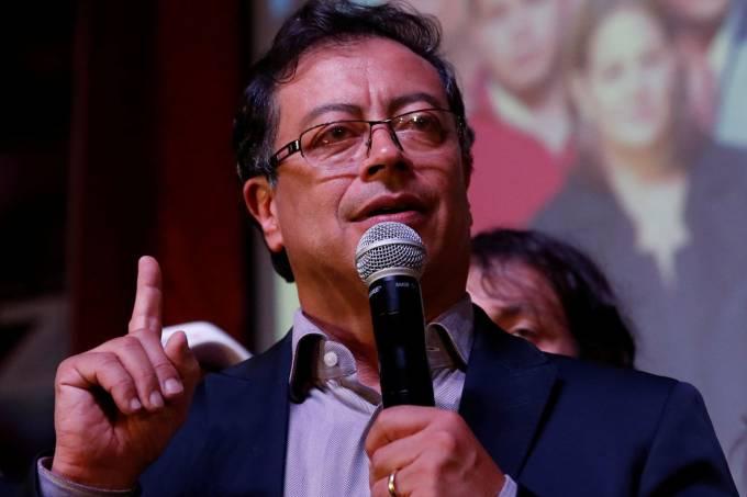 Petro no segundo turno: uma batalha inédita para a esquerda colombiana