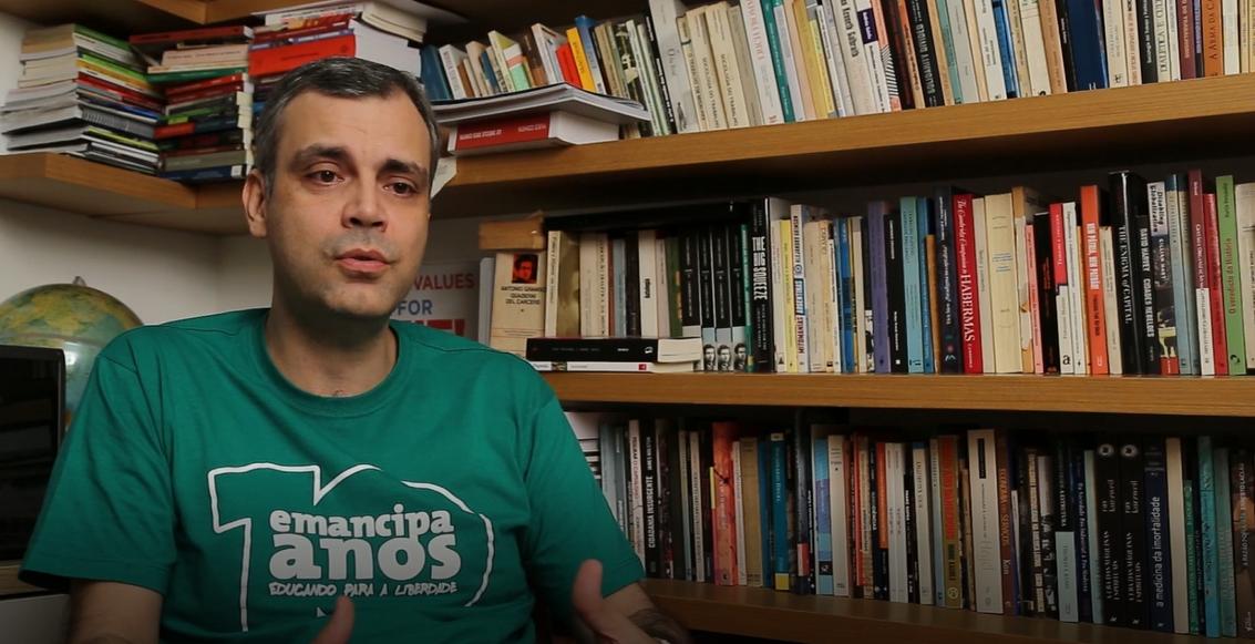 Entrevista com Ruy Braga sobre greve dos caminhoneiros