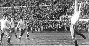 Fotografia da final da Copa de 1930, disputada em 30 de julho entre Uruguai e Argentina - Reprodução