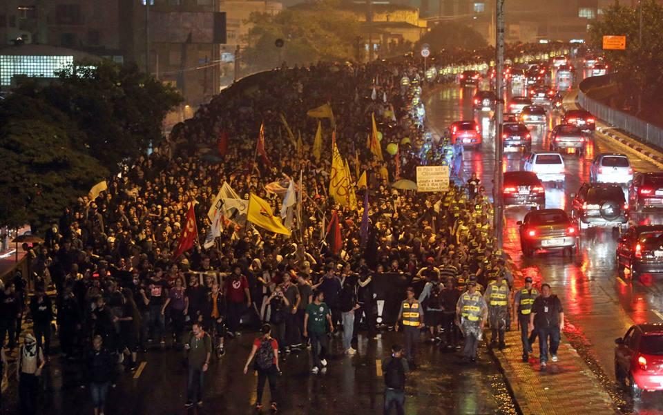 ARQUIVO: Das redes e ruas, a passagem para a luta política