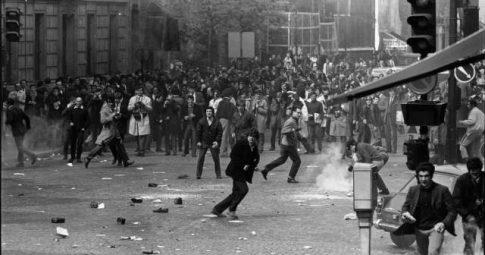 Manifestação em Paris no 14 de maio de 1968 - Reg Lancaster/Express/Getty Images