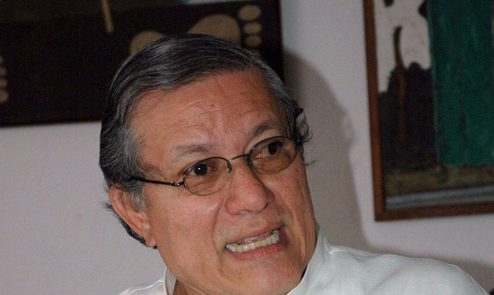 Pelo levantamento imediato da ordem de prisão de Oscar René Vargas e a libertação de todos os presos políticos
