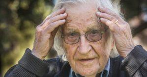 O pensador Noam Chomsky - Reprodução