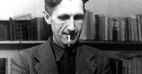 O escritor em foto da década de 1940 - Reprodução