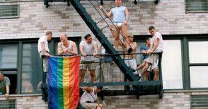 Manifestantes durante Parada Gay em Nova York - Ferdinando Scianna/Magnum Photos