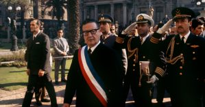 O presidente chileno Salvador Allende, em 1970 - Bruno Barbey/Magnum Photos