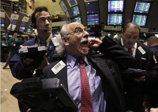 """""""A crise financeira é só a manifestação da crise da sociedade capitalista"""""""