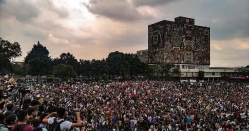 Por que lutam os estudantes do México?
