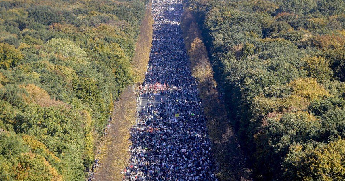 Alemanha: 240 mil em manifestação contra a extrema-direita
