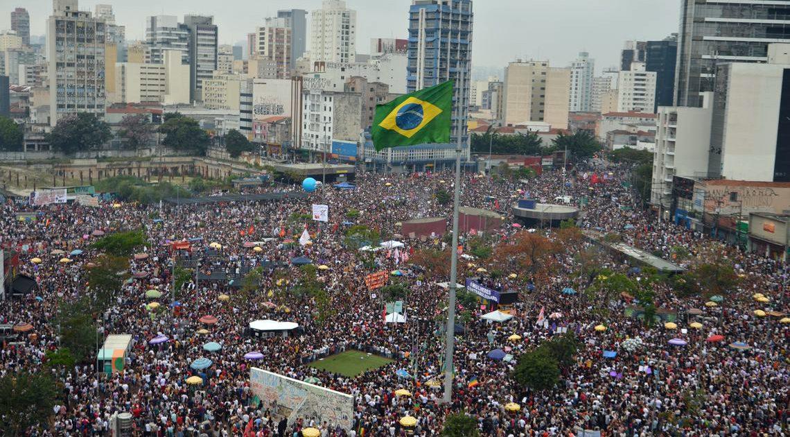 Ele não! Ditadura nunca mais! Derrotar Bolsonaro nas urnas e nas ruas!