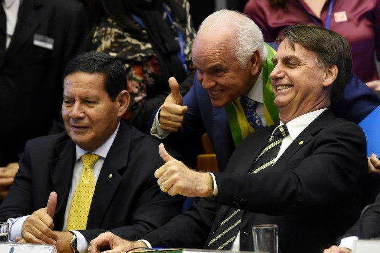 À beira do abismo: Bolsonaro e o retorno do fascismo