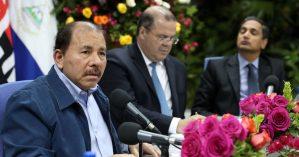 Daniel Ortega durante reunião com membros do FMI em maio de 2017 - Reprodução