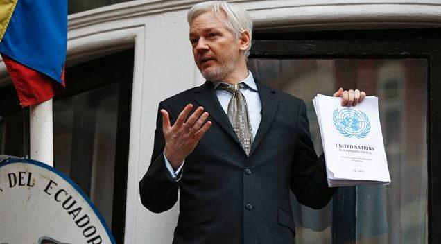 Julian Assange encurralado