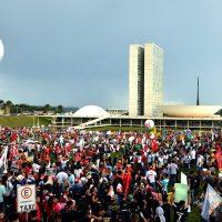 Novo congresso toma posse: A luta recém começa