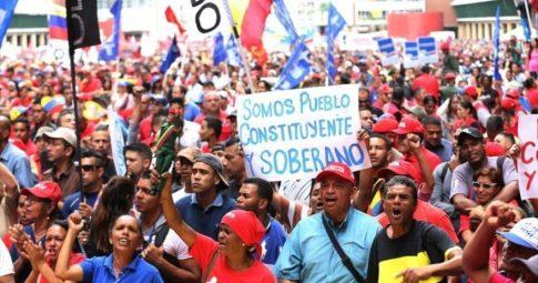 Contra a intervenção golpista na Venezuela, por uma saída democrática para a crise