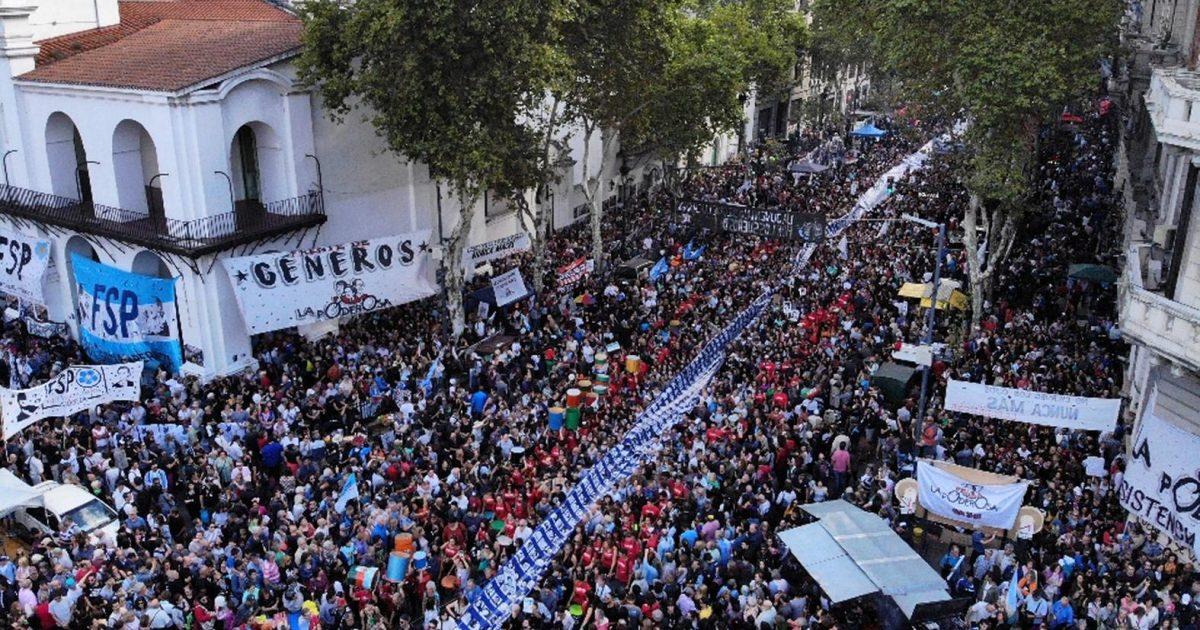 24 de Março: uma multidão se levanta pela memória na Argentina