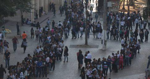 Fila de desempregados em São Paulo - Repdoução