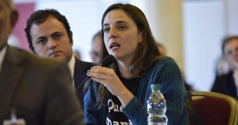 Participação de Fernanda Melchionna no Parlasul, ao lado do suplente Deputado Federal Glauber Braga (PSOL)