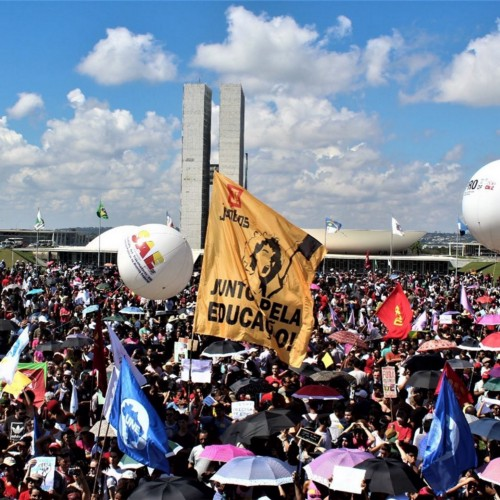 Uma grande marcha a Brasília pela educação em 12 de julho