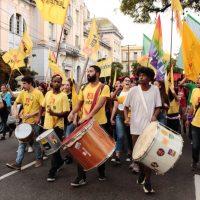14 de junho: protestos e paralisações contra um governo em crise