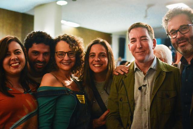 No Rio, nos unimos em apoio a Glenn Greenwald
