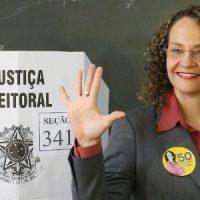 Luciana Genro contra a corrente: a campanha presidencial de 2014 e o pioneirismo na defesa programática de bandeiras da população LGBTI+