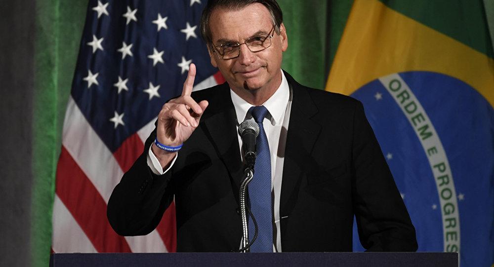 Com Bolsonaro avança a subordinação externa do Brasil ao imperialismo norte-americano