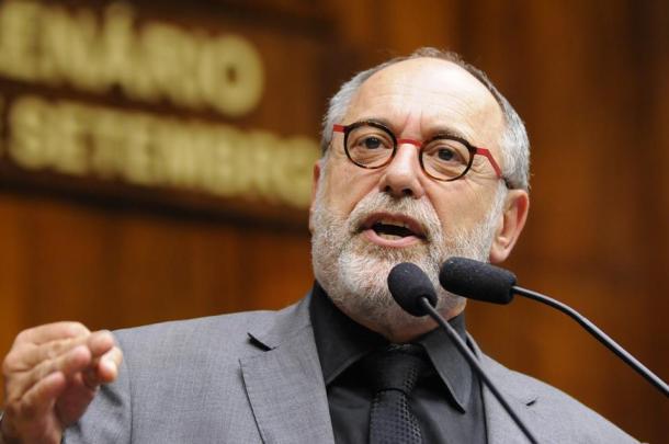 Pedro Ruas convoca para ato em homenagem a Fernando Santa Cruz em Porto Alegre