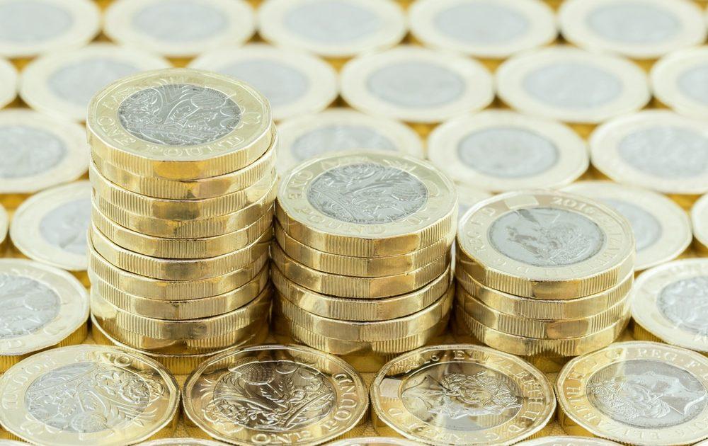 É tempo de parar com o dinheiro deitado para cima dos bancos