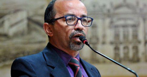 Sandro Pimentel. Foto: Elpídio Júnior