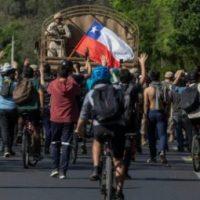 Todo apoio ao povo chileno: não são só 30 pesos!