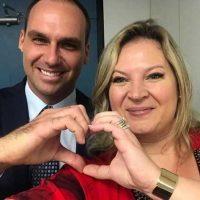 Sâmia Bomfim exige explicações de Joice Hasselmann e irmãos Bolsonaro sobre máquina de fake news