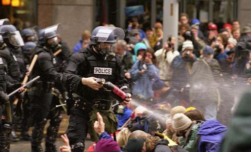 """Seattle: 20 anos da """"batalha"""" que mobilizou a alterglobalização"""