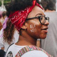 Mulheres pedem impeachment de Bolsonaro. Por que não?