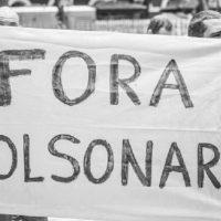 Alguns elementos para seguir a luta contra Bolsonaro e por vacina para todo povo em 2021